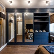 Modern Bedroom by Irina Tatarnikova Decor