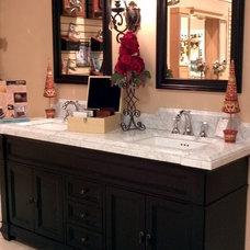 Traditional Bathroom Vanities And Sink Consoles Showroom Displays