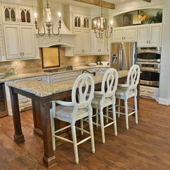 mediterranean kitchen cabinets by Barber Cabinet Co.