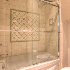 Traditional Bathroom by Masa Studio Architects