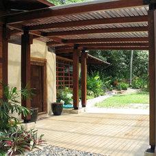 Tropical Entry by Dominguez & Solis Arquitectos
