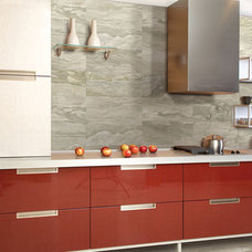 Kitchens .com - Backsplash that Extends to the Ceiling