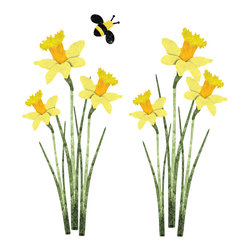 My Wonderful Walls - Daffodil and Bee Wall Stickers - Decals - Set of 9 - Set of 6 large daffodil flower decals and 1 bee decal
