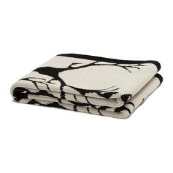 in2green - Eco Stag Throws - This is the perfect throw for those winter nights at your cabin. If you don't have a cabin, pretend you do and wrap yourself up in this stag silhouette cotton blanket.