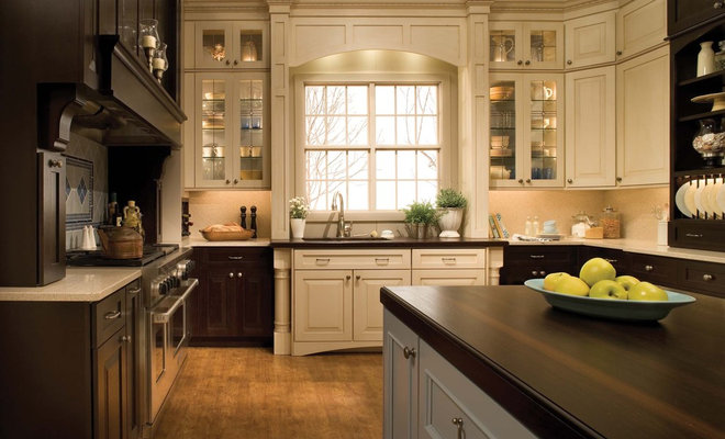traditional kitchen by SKD STUDIOS