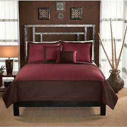 None - Barclay Hotel Chocolate and Brick 3-piece Quilt Set - Relax in comfort with this fashionable quilted bedding set in brick and chocolate colors by Barclay Hotel. The bedding accessories are designed for year-round use. The quilted microfiber cover and shams are machine washable for easy care.