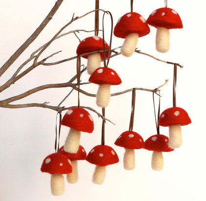 modern holiday decorations by Etsy