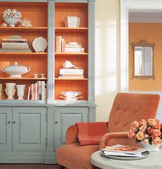 traditional family room shelves