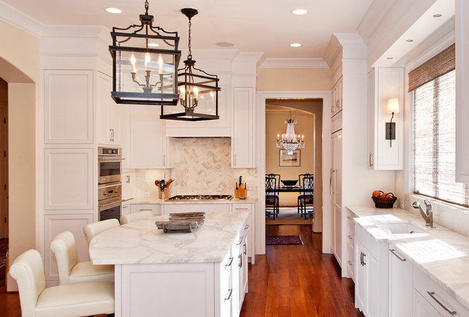 Traditional Kitchen Islands And Kitchen Carts by Carpenter Construction, Inc.