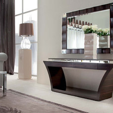 Modern Coffee Tables by Italy 2000