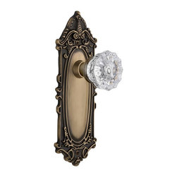 Nostalgic - Nostalgic Privacy-Victorian Plate-Crystal Knob-Antique Brass (NW-702090) - Victorian Plate with Crystal Knob With Keyhole - Privacy
