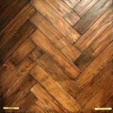 Traditional  by Plantation Hardwood Floors