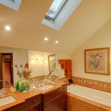 Contemporary Bathroom by RTA Studio