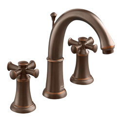 American Standard - Portsmouth Widespread Two Cross Handle Bathroom Faucet in Oil Rubbed Bronze - American Standard 7420.821.224 Portsmouth Widespread Two Cross Handle Bathroom Faucet in Oil Rubbed Bronze
