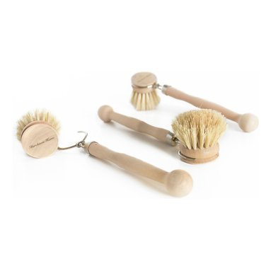 Murchison-Hume - Murchison-Hume Natural Plant Fiber Dish Brush - Set of 3 - Naturally soft bristles and a rounded wooden handle make this brush sturdy enough to give dishes a hearty scrub without fear of scratching your best china and glassware. Removable head for hard to reach areas. Untreated wood; designed for months of every-day use.