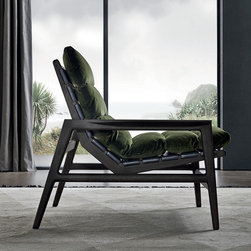 Ipenama Chair by Poliform -