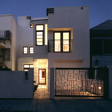 Contemporary Exterior by Elevation Architects