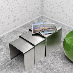 MODERN METAL NESTING TABLE AURA -