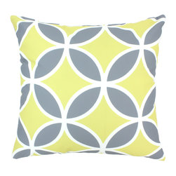 """DD - Quatrefoil Outdoor Pillow 20"""" x 20"""" - This lovely Quatrefoil Outdoor Pillow will add fun and flare to your outdoor space."""