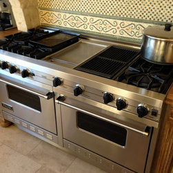 Viking gas range serviced in Beverly Hills house + Sub Zero refrigeration - Mark Wise