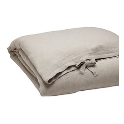 """Coyuchi - Relaxed Linen Duvet Cover, Natural, King - We love the laid-back luxury of washed linen'the way it flows and drapes, inviting you to wrap up in it and relax. And we love the way it gets softer and more lustrous with every wash. Our duvet cover showcases its natural beauty with a simple pieced construction highlighted by contrast stitching. Designed with an 8"""" interior flap and inside ties. Closes with wide self-ties."""