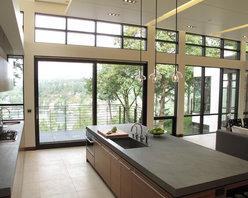 Quantum Windows & Doors | Reveal Architecture & Interiors - Laurie Black Photography: