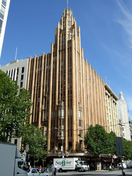 Manchester United Building  Travel Guide: Melbourne, Australia, for Design Lovers b0517f37016d78a4 8811 w422 h562 b0 p0