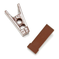 Clos-ette Too - Hanger Bar Clips, Brown - Looking for hangers with clips? Our Hanger Bar Clips are designed to avoid pesky creasing, and easily slip onto any of our hangers. Available in the full range of our signature colors. Set of 20