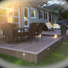 Traditional Deck Lighting by Deck Expressions