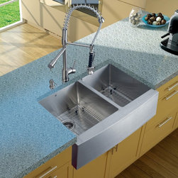 Vigo Industries - Platinum Farmhouse Stainless Steel Kitchen Sink with Two Strainers - Includes stainless steel kitchen sink, stainless steel kitchen faucet, two matching grids, two strainers and stainless steel soap dispenser and all mounting hardware