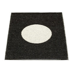 Pappelina - Pappelina Vera Plastic Rug, Black - This  rug from Pappelina, Sweden, uses PVC-plastic and polyester-warp to give it ultimate durability and clean-ability. Great for decks, bathrooms, kitchens and kid's rooms. Turn the rug over and the colors will be reversed!