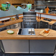 Modern Outdoor Products by PIRCH