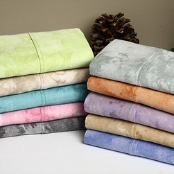 None - Horizons All Cotton Sateen Printed Sheet Set - Improve the style and comfort of your bedroom by slipping this set of colorful 300-thread count sheets on your mattress. The cotton flat and fitted sheets are dyed with an unusual watercolor pattern that will match any comforter or duvet cover.