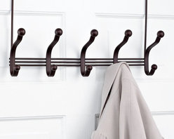 Interdesign Over-the-Door Rack, 5-Hook York Lyra - I don't know about you, but the additional towels and robes always seem to need a home too. I like to provide my guests with an over-the-door hanging rack to help them keep things off the floor.