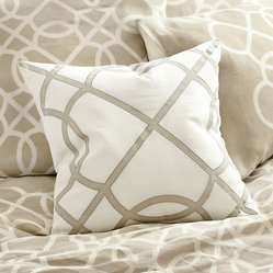 Suzanne Kasler Quatrefoil Applique Pillow Cover - Tan 20""