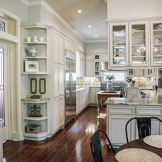 Contemporary  by J. Bryant Boyd, Design-Build