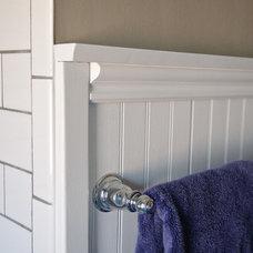 Midcentury Bathroom by Jensen Tile