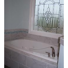 Traditional Bathroom by Barker & Canady Custom Homes, Inc.