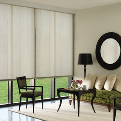 Designer Roller Screen Shades - Wentzville - These 2 giant windows directly face the sun in the morning but open up to a wonderful view. Now the sun can be blocked in the morning and the shades can go up in the afternoon to show that beautiful golf course view.