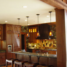 Traditional Kitchen by Ward-Young Architecture & Planning - Truckee, CA