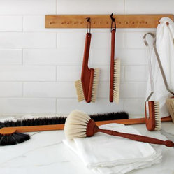 Hanging Wooden Brush Holder