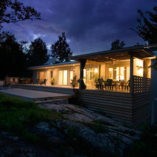 Contemporary  by Solares Architecture