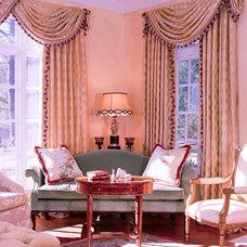 Traditional Living Room by Ann Kenkel Interiors