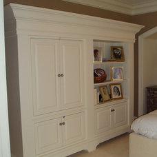 Traditional Bedroom by Rosemount Woods inc