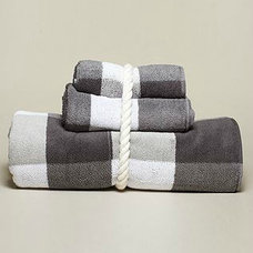 traditional towels by Nautica