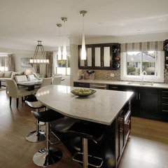 modern kitchen by Lana Lounsbury Interiors
