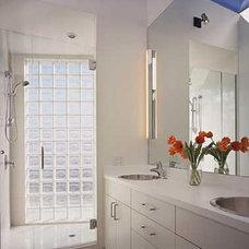 Contemporary Bathroom by Philip Mathews Architect