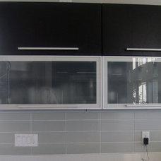 Modern Kitchen by Gene Sokol / Euroluxe Interiors