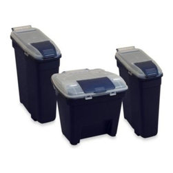 Bergan - Bergan Pet Food Smart Storage Containers - These smart pet food storage solutions come in multiple sizes, have an airtight lid and stackable design for stowing and space-saving convenience.