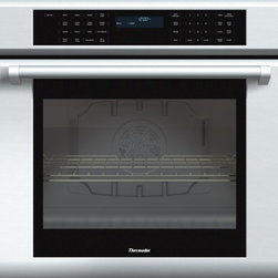 Thermador - 30 inch Masterpiece® Series Single Oven with professional handle MED301JP - With True Convection and 14 cooking modes, our 30-inch Masterpiece Single Oven gives you the convenience of cooking several dishes at the same time without flavor transfer. And this new model features multiple design upgrades including SoftClose® doors to ensure ultra smooth oven closing.